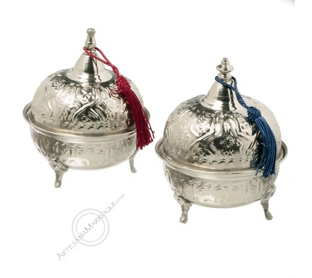 Silver sugar bowl with plume