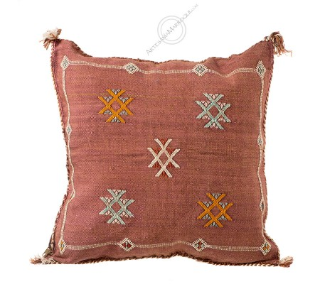 Burgundy sabra cushion