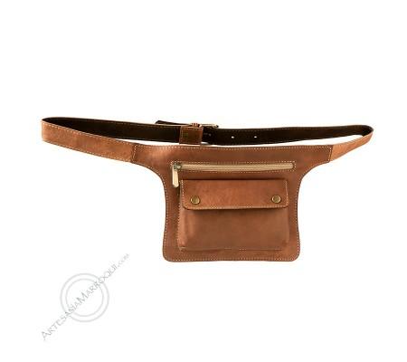 Small camel flat belt bag