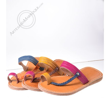 Simple colored leather sandal
