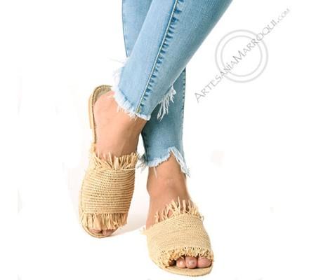 Leather and raffia sandal