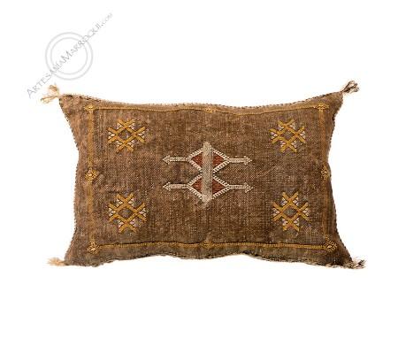 Small brown sabra cushion