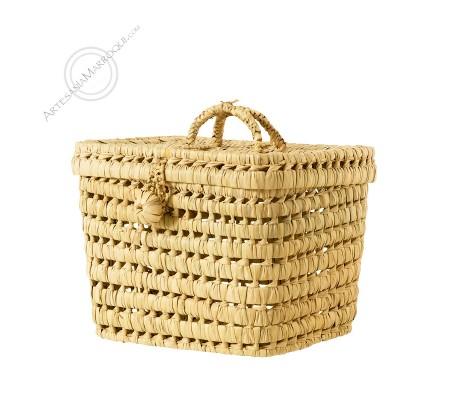 Medium palm basket